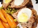 Рецепта КЛОПС - месно телешко руло с варени яйца на фурна